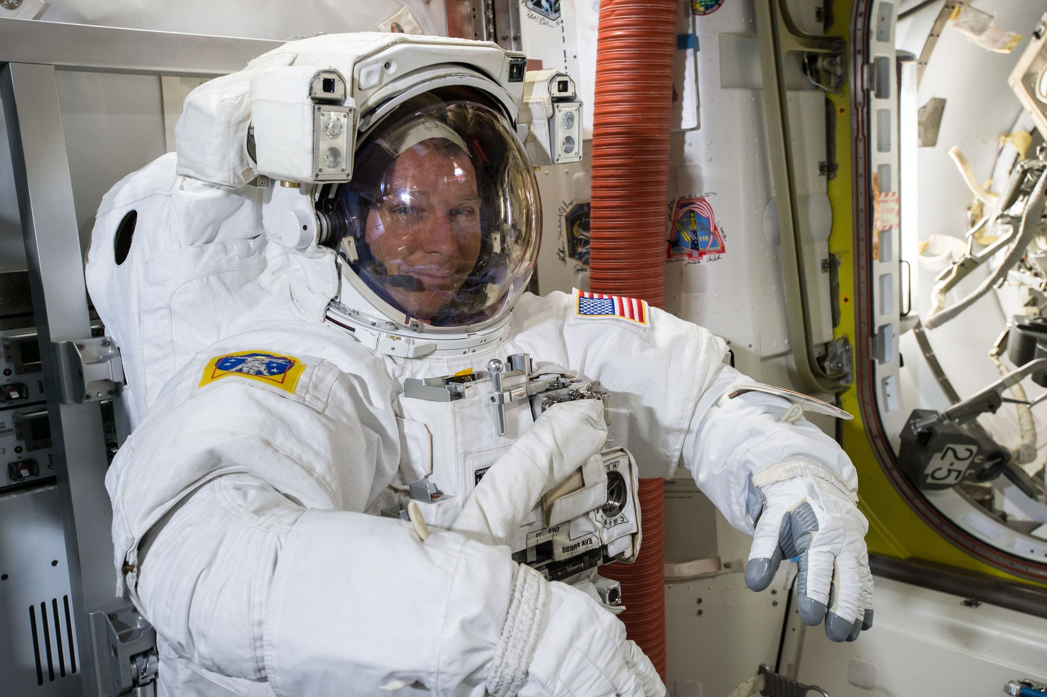 Astronauts Step Out Onto Spacewalk (Image 1)_14182