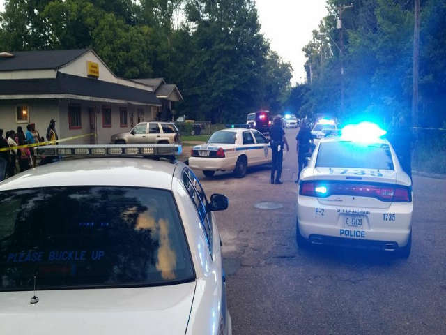 JPD_ Fatal shooting on 1732 Cox Street in Jackson; suspect in custody (Image 1)_16001