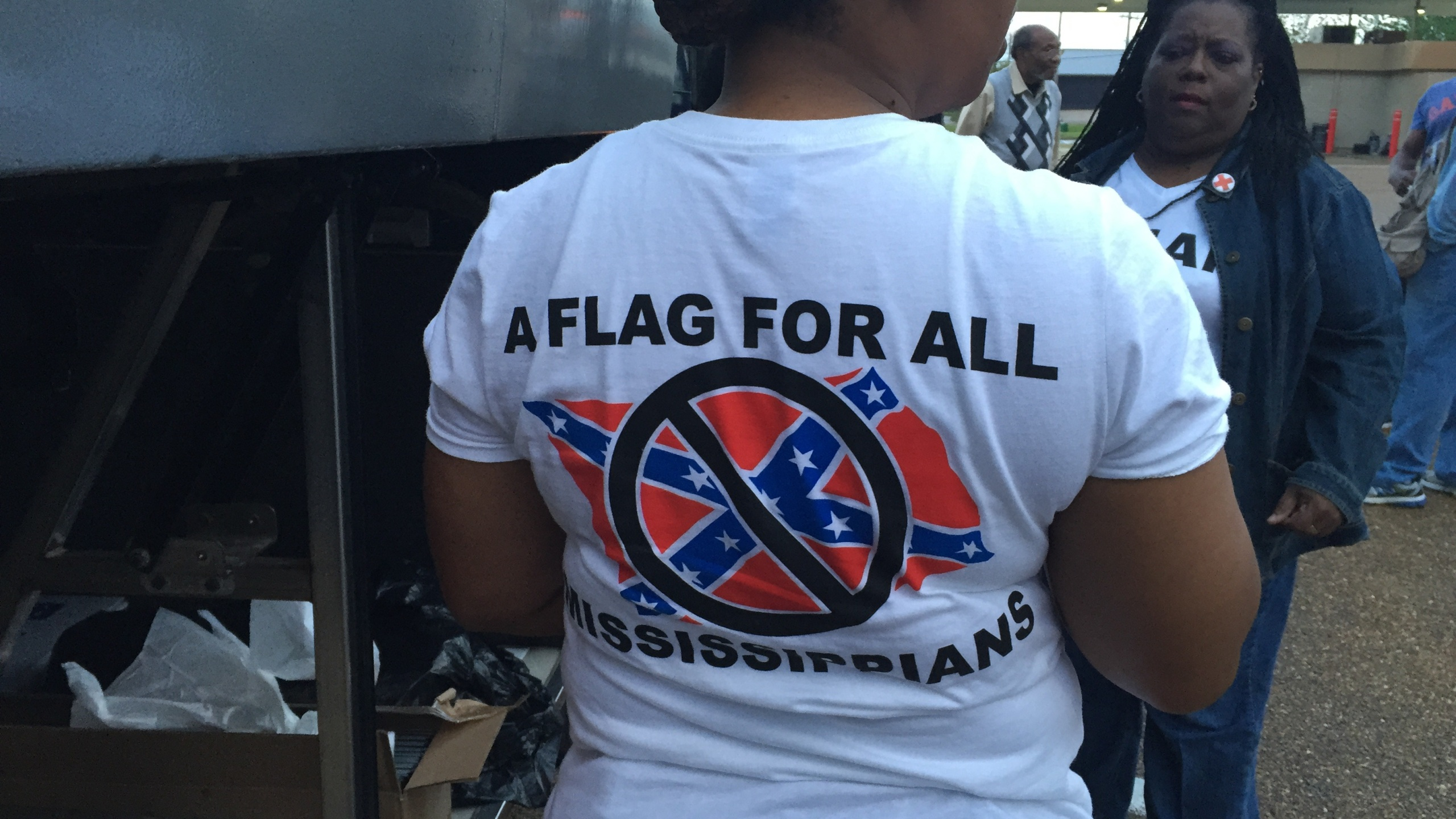 flag protest 1_153045