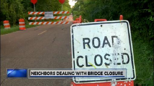 Neighbors dealing with bridge closure_196154