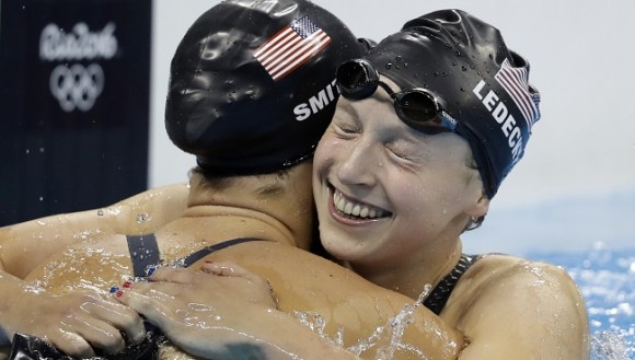 712586-day-2-katie-ledecky-sets-olympic-record-in-400m-freestyle-prelims-wins-gold-in-finals-f76a7_203003
