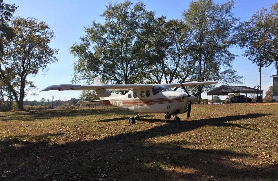 small-plane-lands-on-neshoba-co-highway_246706