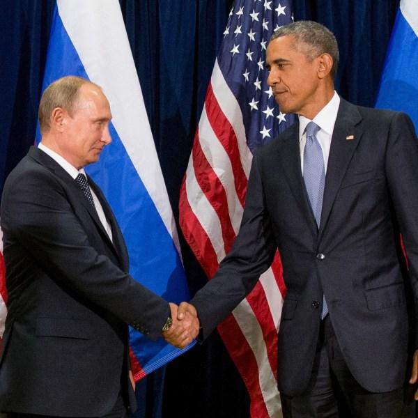 FILE PHOTO Barack Obama, Vladimir Putin Campaign 2016 Emails Photo by Andrew Harnik, AP Photo_255097