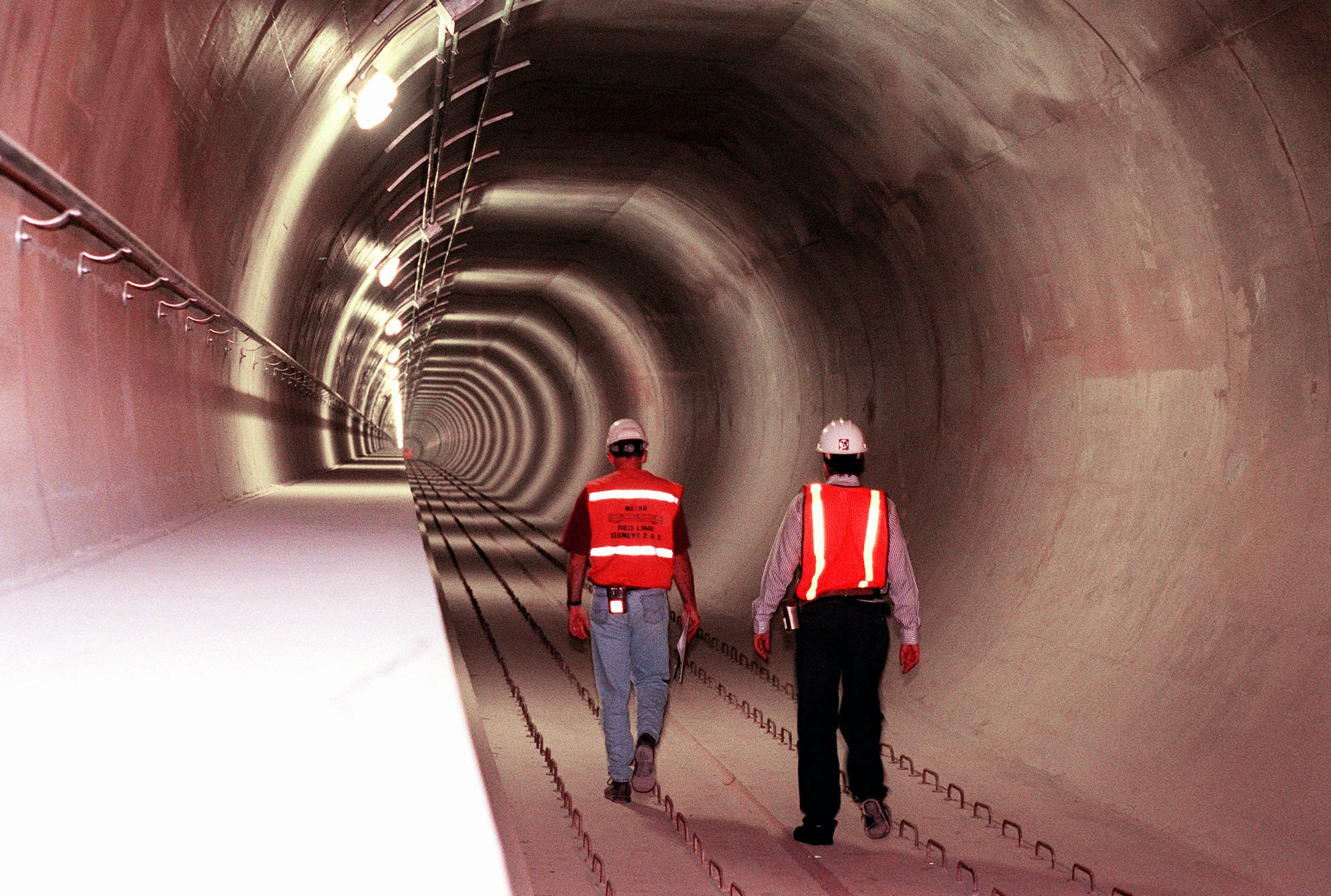 FILE PHOTO RED LINE TUNNEL Los Angeles Photo by Damian Dovarganes, AP Photo_251178