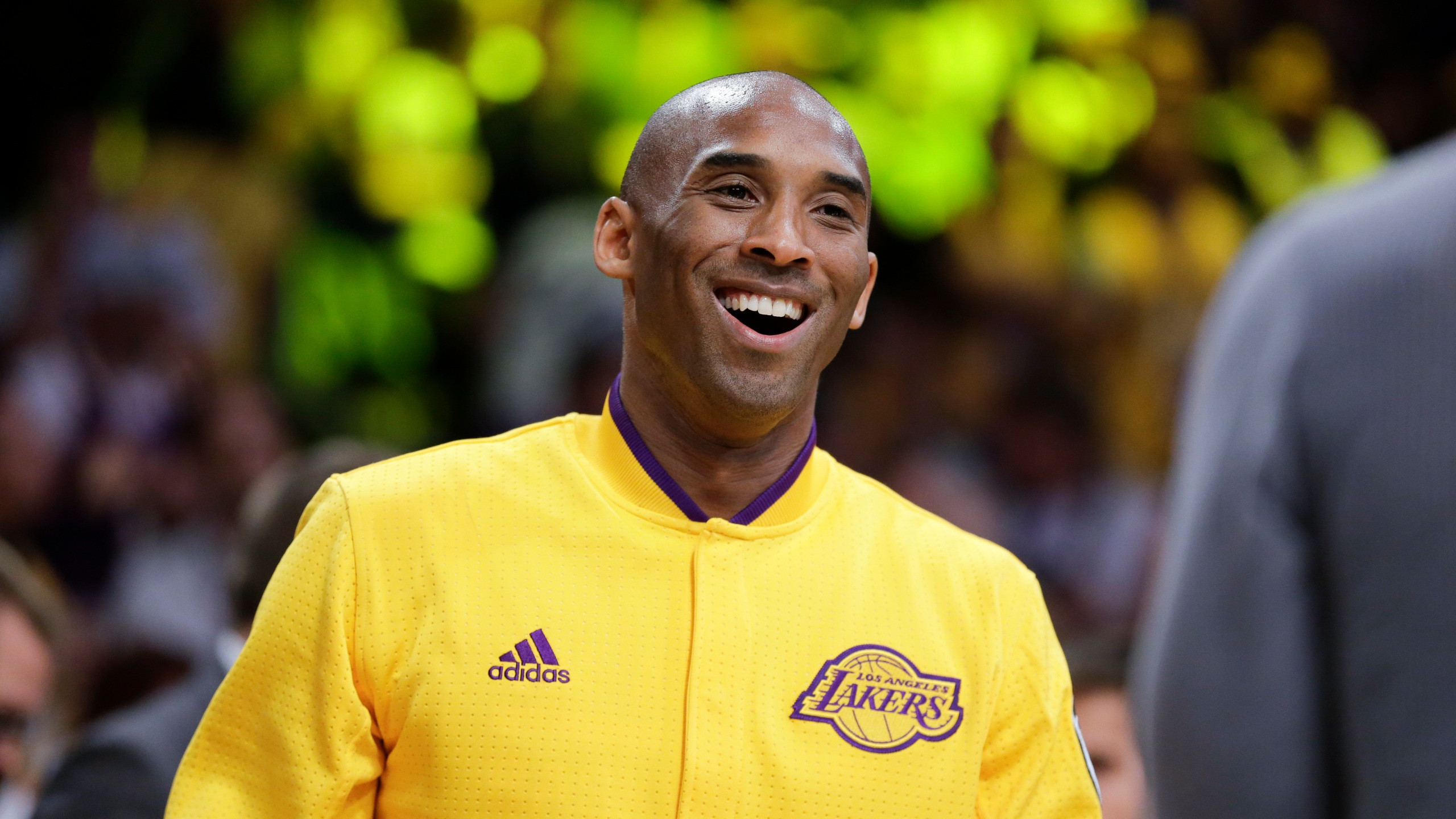 Kobe Bryant Assists Some Test Weary High Schoolers