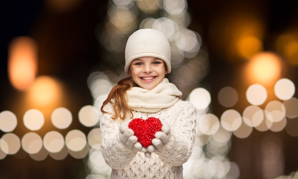 holiday-cheer-girl-christmas-love-charity-winter_1513286986909_323861_ver1-0_30234419_ver1-0_640_360_471304