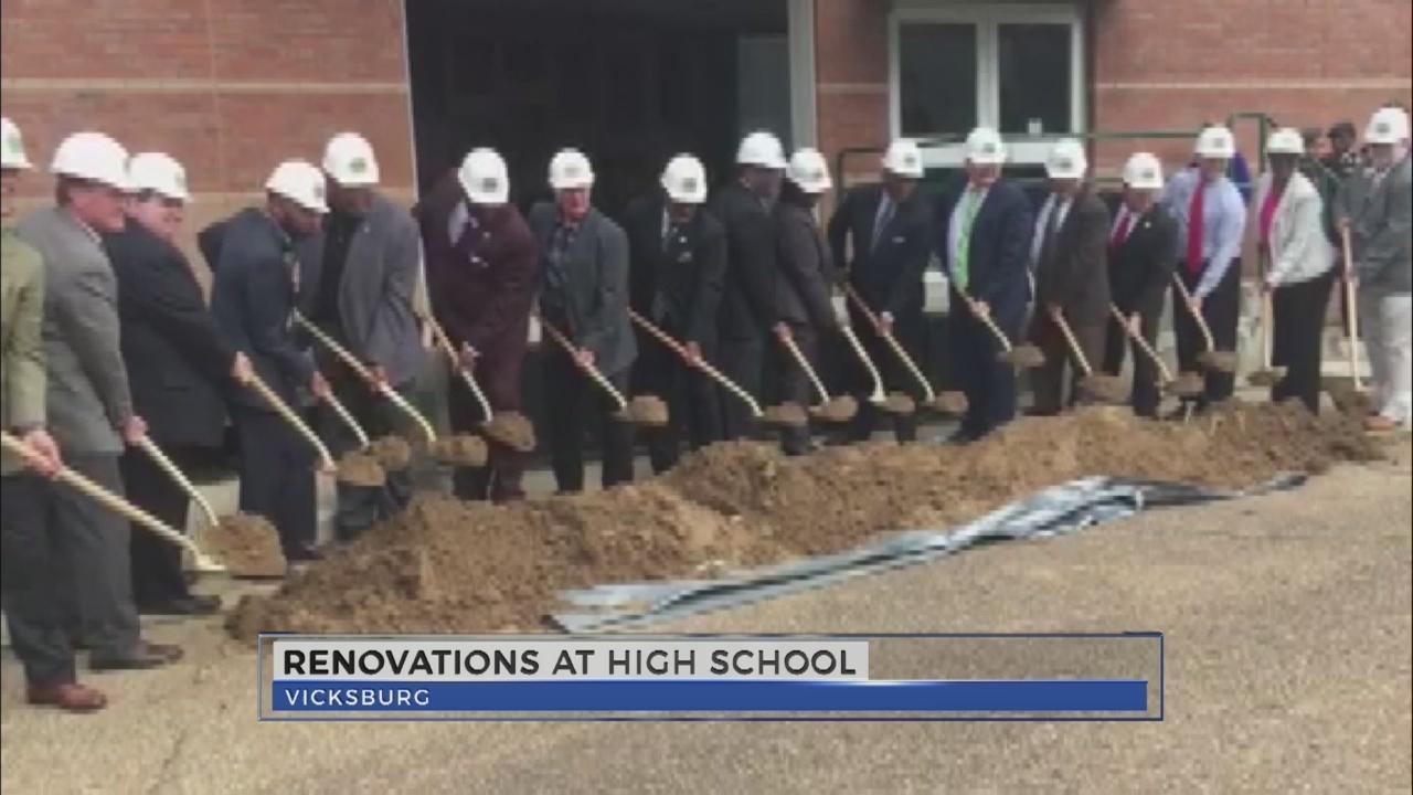 WJTV News at Noon - Renovations at High School