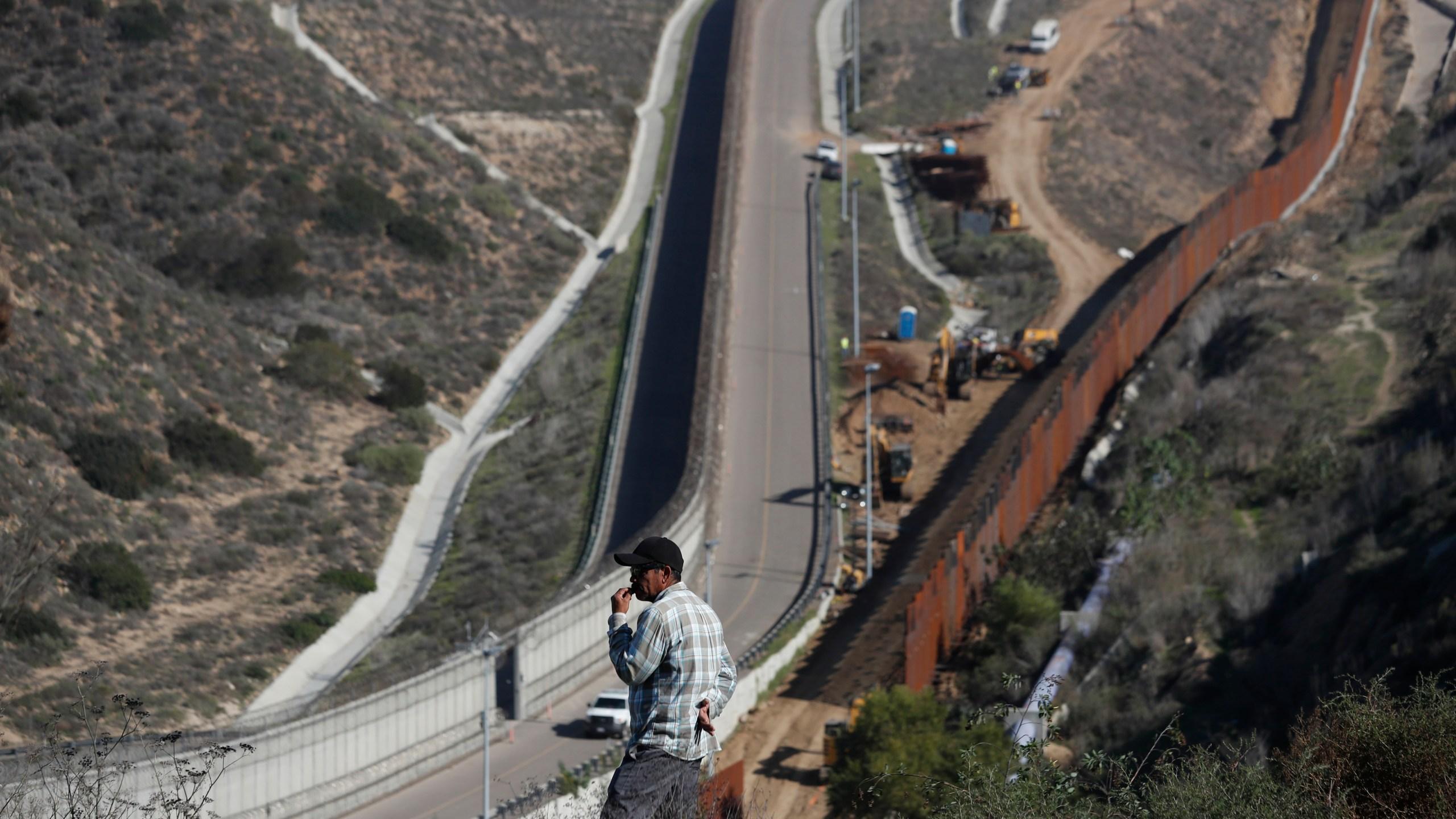 Mexico_US_Border_86862-159532.jpg40068848
