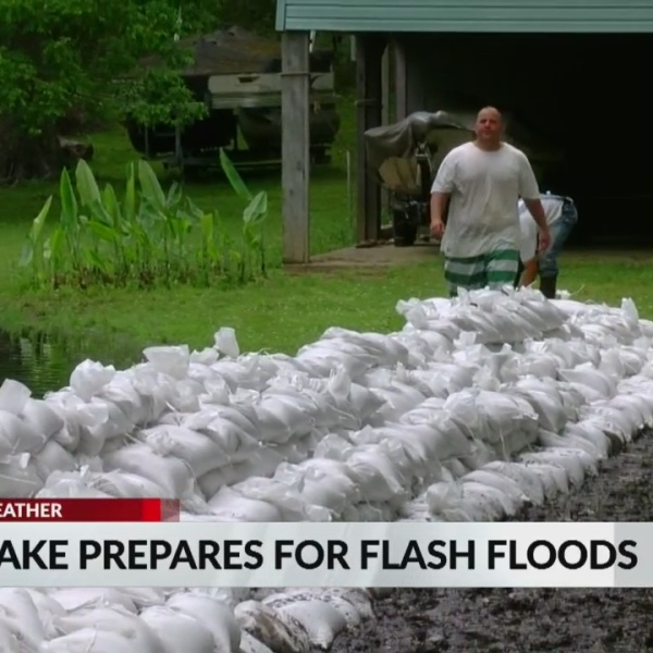 Eagle_Lake_prepares_for_flash_floods_1_20190508221602