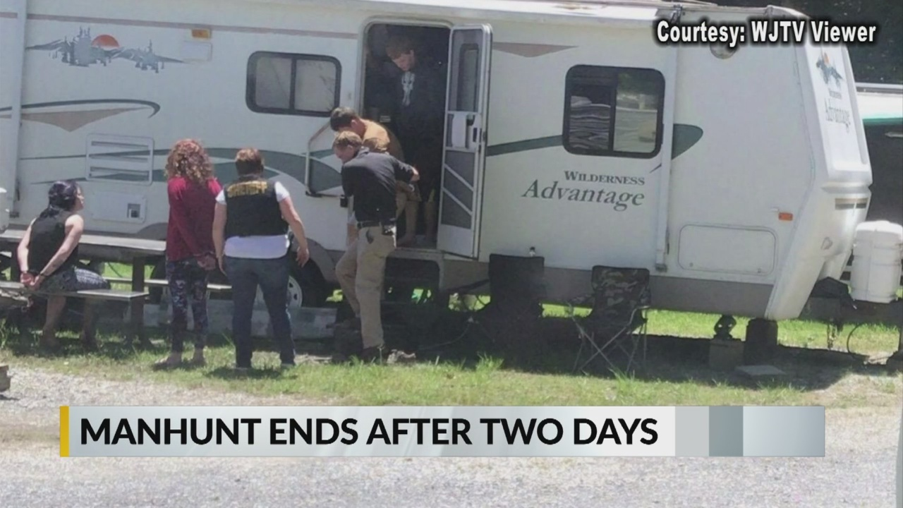 Manhunt_ends_in_Warren_County_0_20190513221340