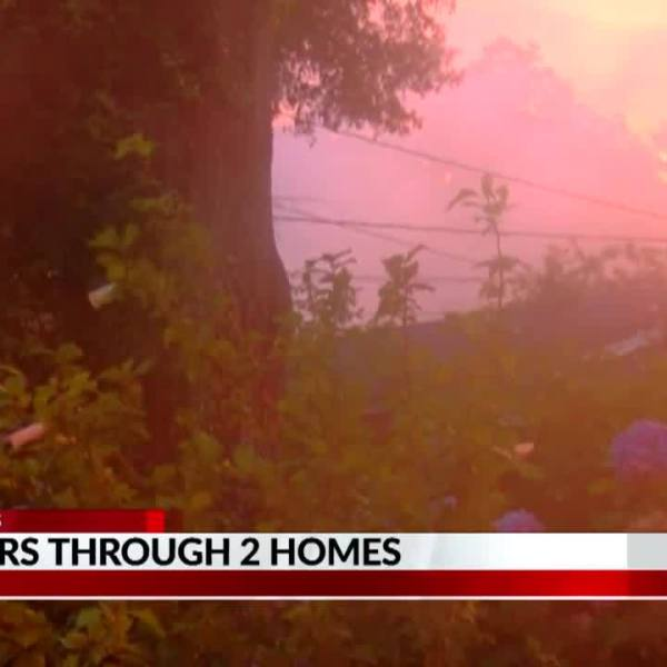 Fire_damages__two_homes_in_Vicksburg_7_20190618034757