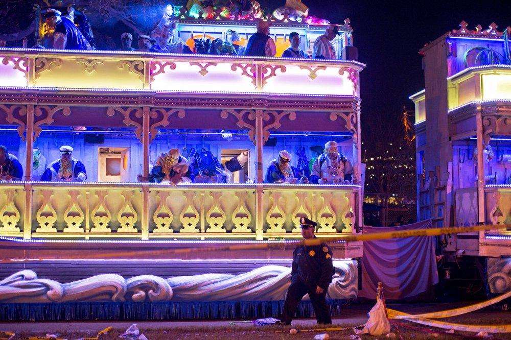 Mississippi Mardi Gras celebrations dwindle amid virus surge