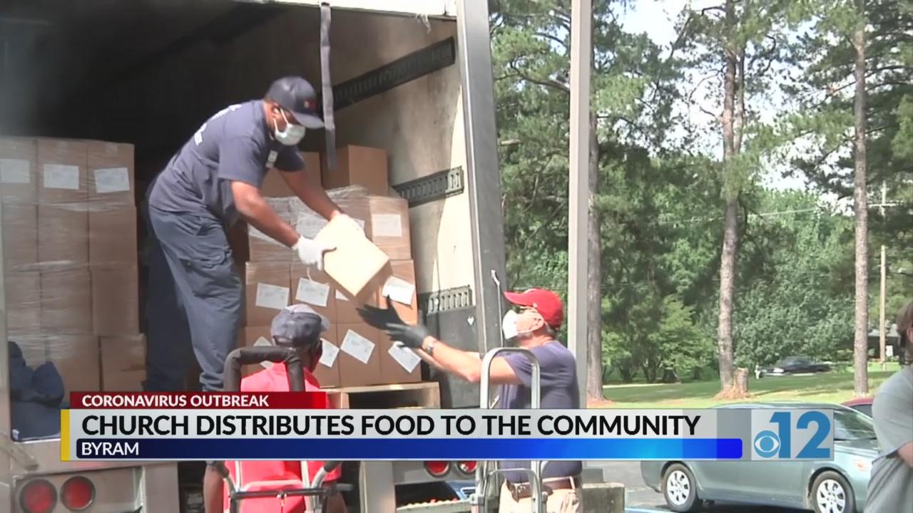 Byram Christmas Parade 2020 Byram church donates food boxes to families during pandemic | WJTV