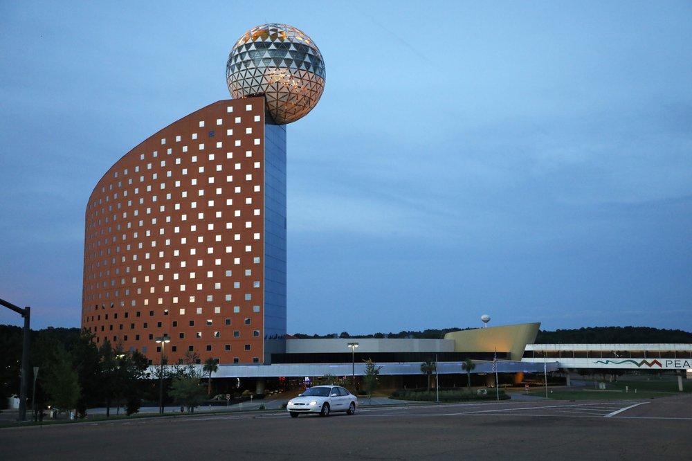 Concerts at the golden moon casino big mama salon games 2