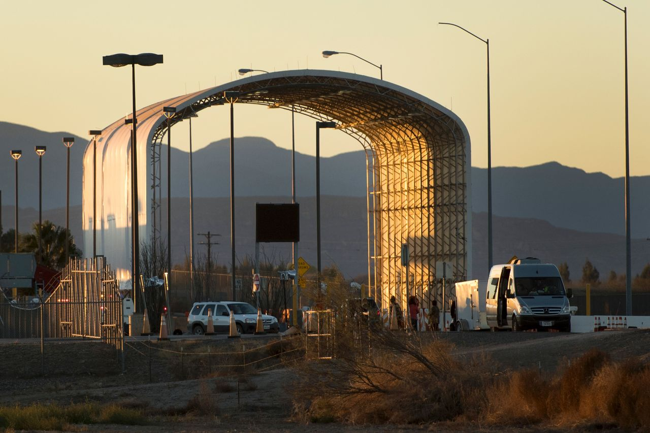 Overriding defense-bill veto could bring state-of-the-art inspections to more border crossings